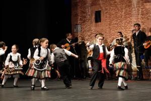 20150503_XVII Festival Mayos_Escuela Mancha Verde01_AdeAlba