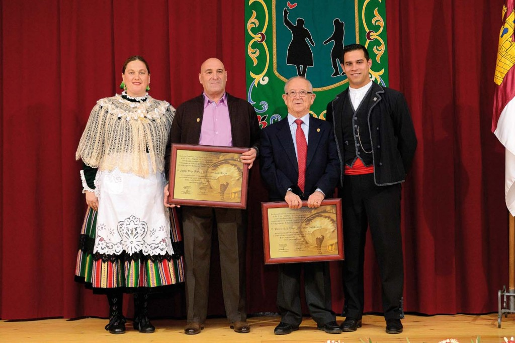 2013_Santos y Vicente