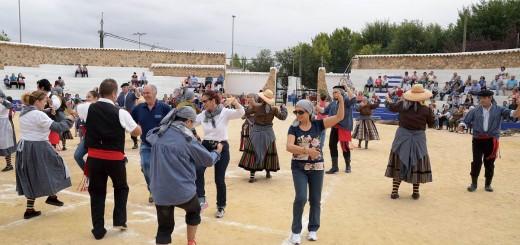 csm_20151004_XVI_Fiesta_de_la_Vedimia_baile_colectivo_AdeAlba_f7d92c8597